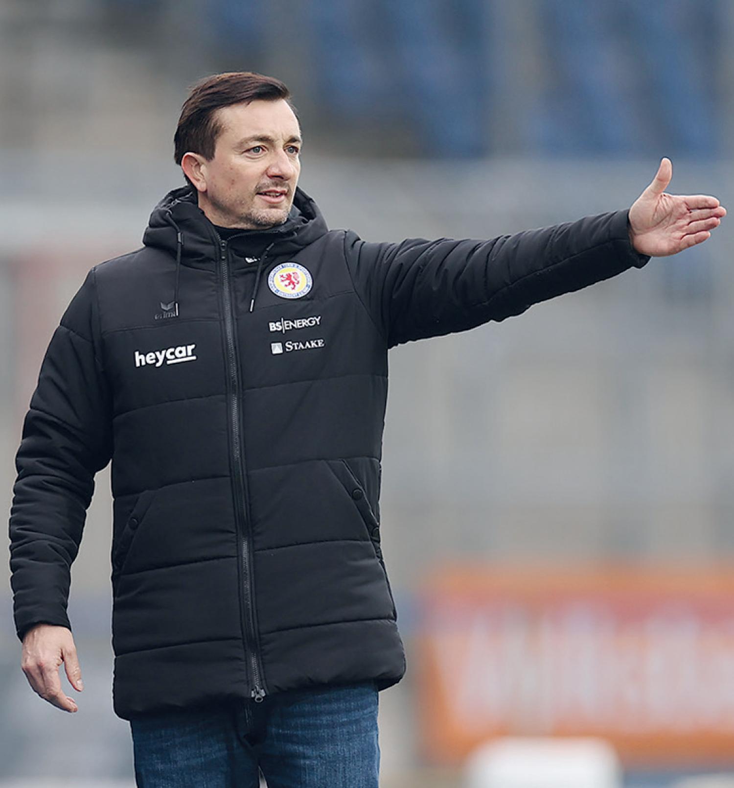 Trainer Daniel Meyer von Eintracht Braunschweig