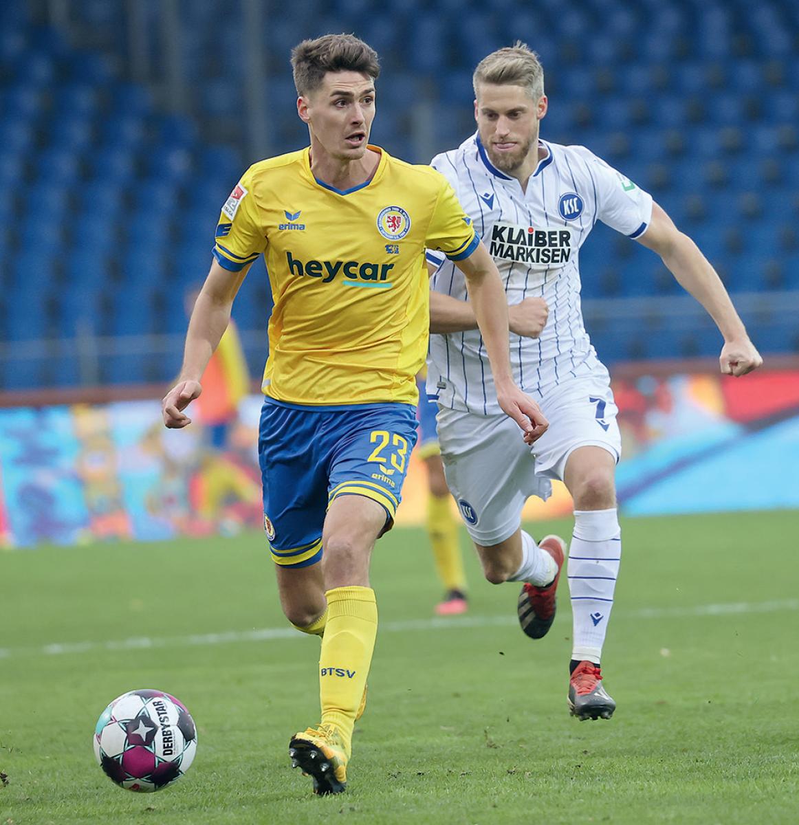 Danilo Wiebe beim Spiel Braunschweig gegen Karlsruhe